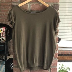 ✨JOSEPH A Olive S/S L Sweater Flutter Sleeve EUC